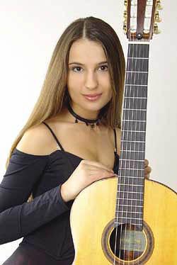 Юлия Лонская